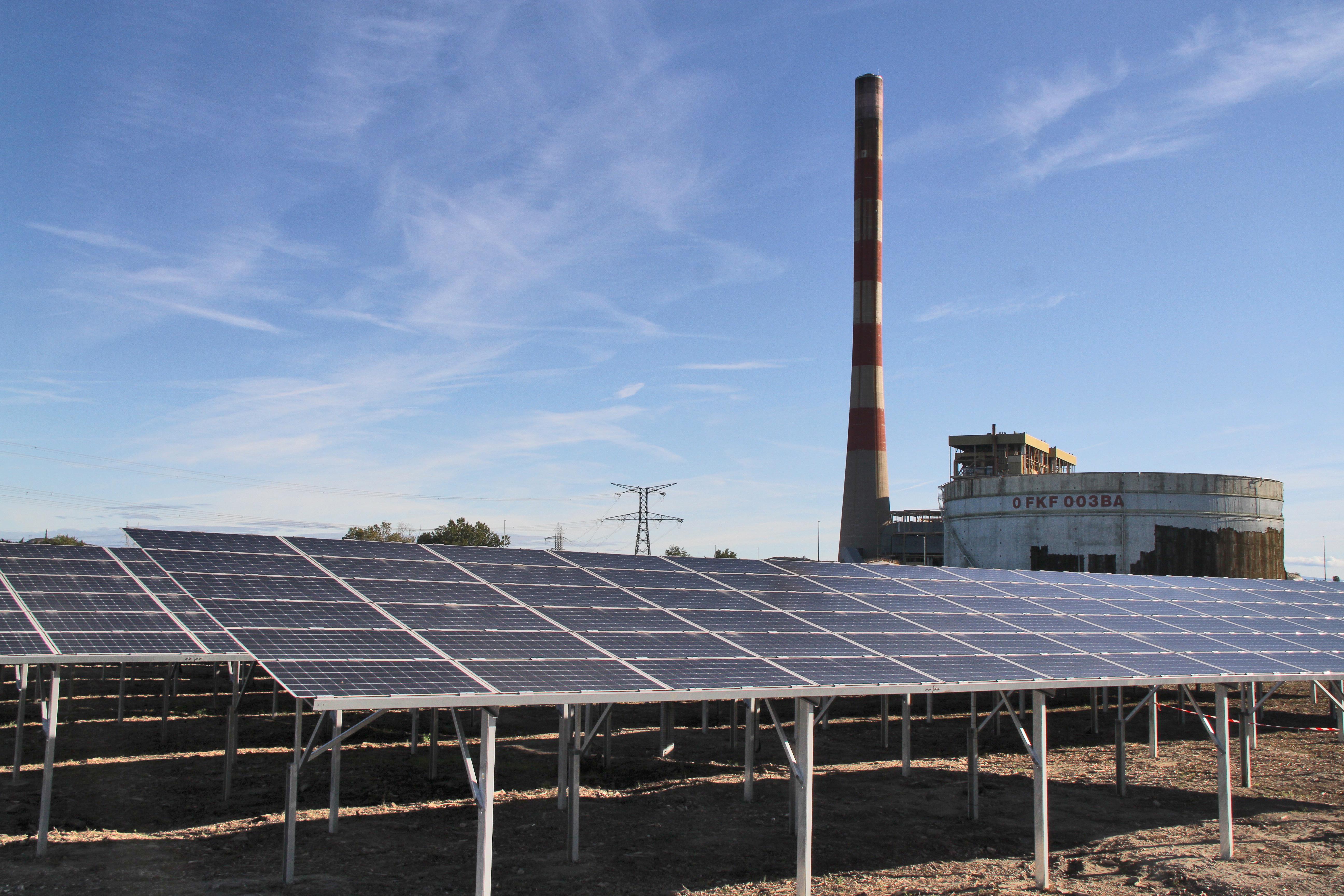 centrale aramon cleantech vallée photovoltaïque
